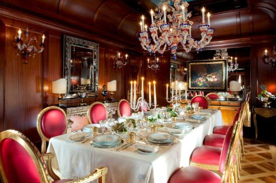 presidential-suite-dining